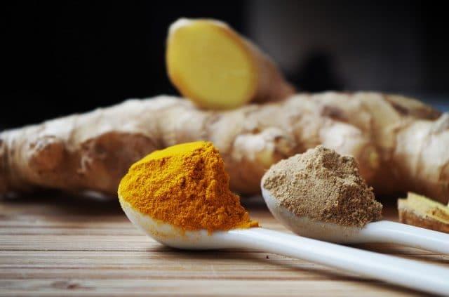 A spoon of turmeric powder
